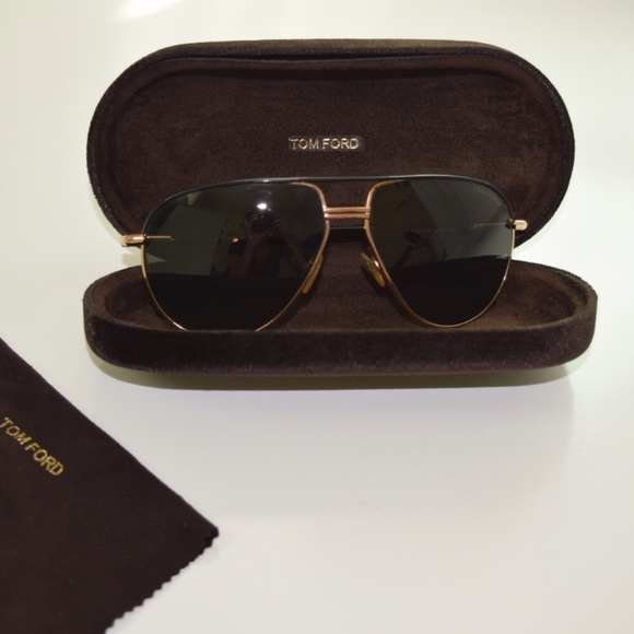e6b8a1b45b27 Tom Ford AUTHENTIC men s sunglasses. M 5bc012812e14783e3ff2b354. Other  Accessories ...